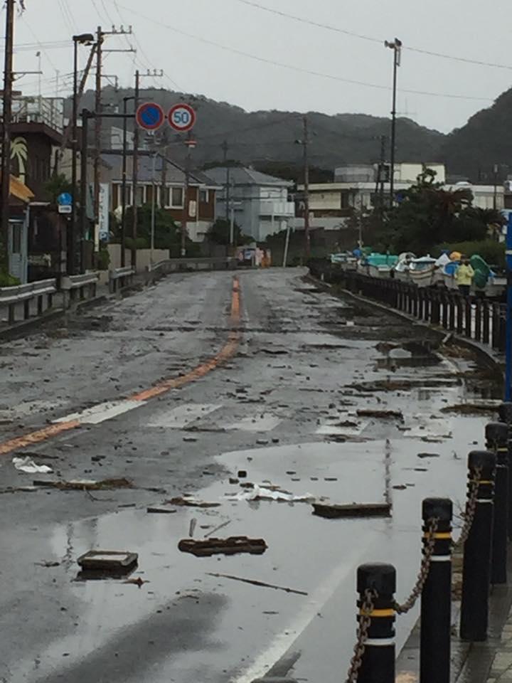 台風が通り過ぎた134号線